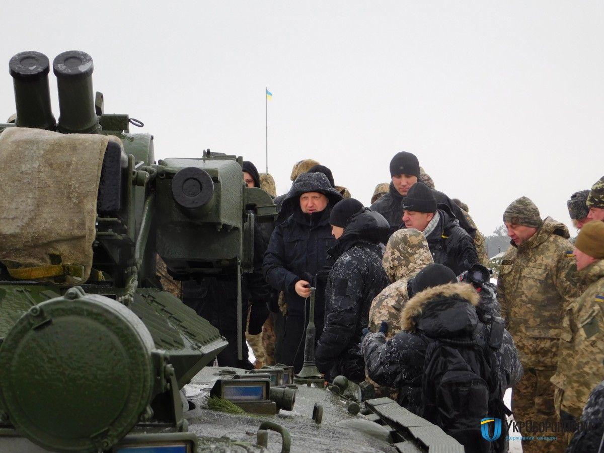"""В Україні провели випробування вогневого """"Мисливця"""", оснащеного сучасним бойовим модулем"""