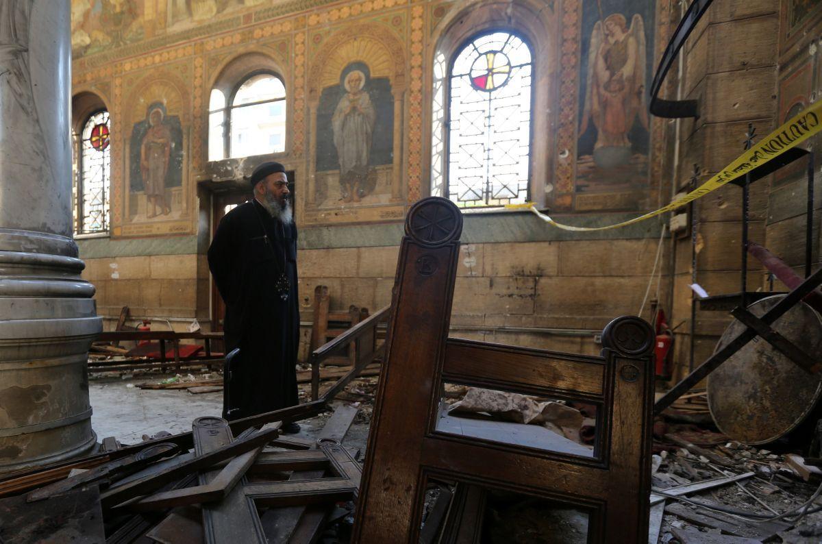 Президент Египта объявил, что теракт вкоптской церкви вКаире совершил смертник