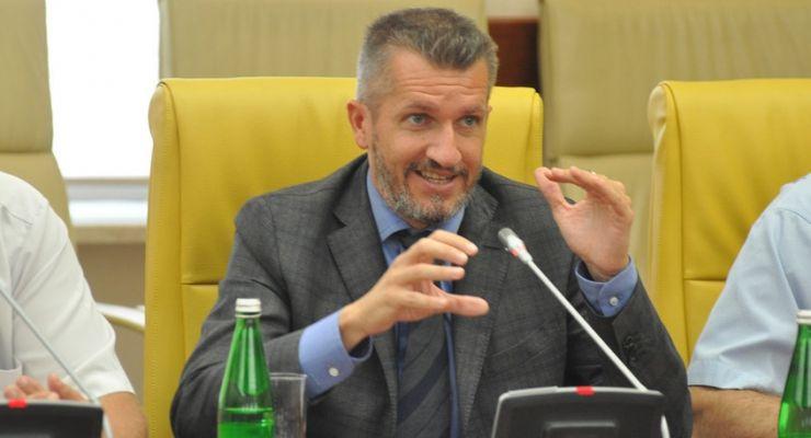 Искоренить договорные матчи. Итальянце Баранка стал вУкраинском государстве футбольным прокурором