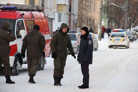 Правоохранители следят за местом происшествия / ГУ НП у Чернігівській області
