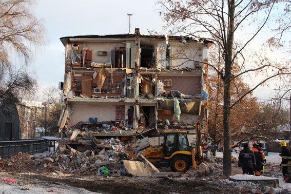 Спасатели говорят, что под завалами больше нет людей / ГУ НП у Чернігівській області