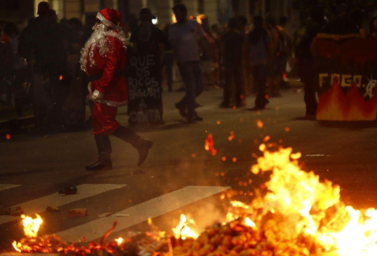 Бразильцы протестуют против заморозки госрасходов на20 лет