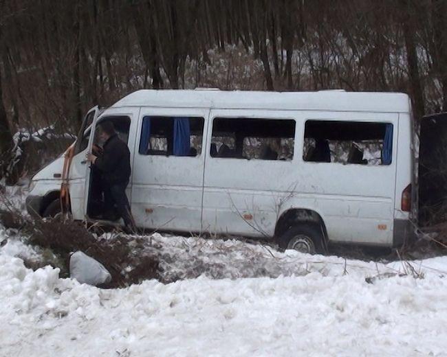 НаЧерниговщине перевернулся автобус