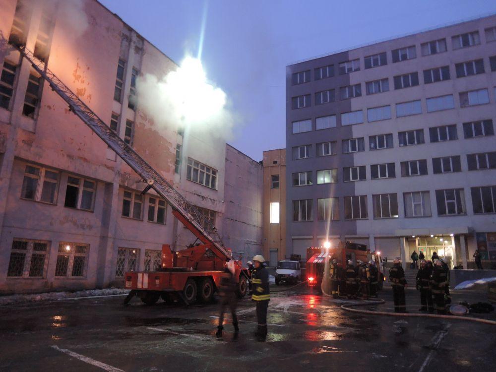 ВКиеве произошел пожар назаводе