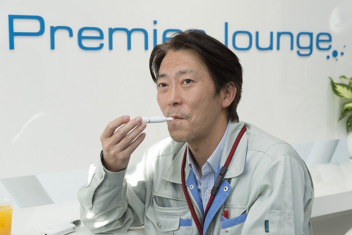 Курить не хочу, без никотина – не могу: уже 5% японских курильщиков предпочитают отказываться от сигарет, потребляя никотин менее опасными для здоровья способами