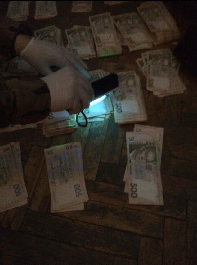 Чиновник Минобороны требовал взятку в размере 350 тысяч гривен / facebook.com/MatiosAnatolii