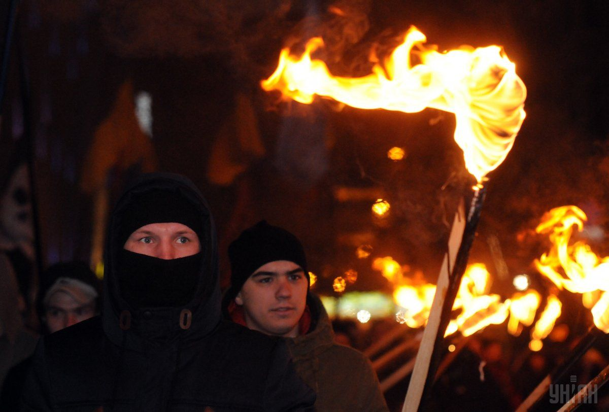 У Києві проходить смолоскипна хода з нагоди 108-ї річниці з дня народження Бандери / Фото УНИАН