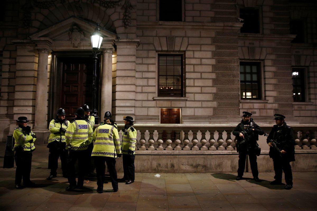 МВД Англии: ИГпланирует использовать вгосударстве химоружие