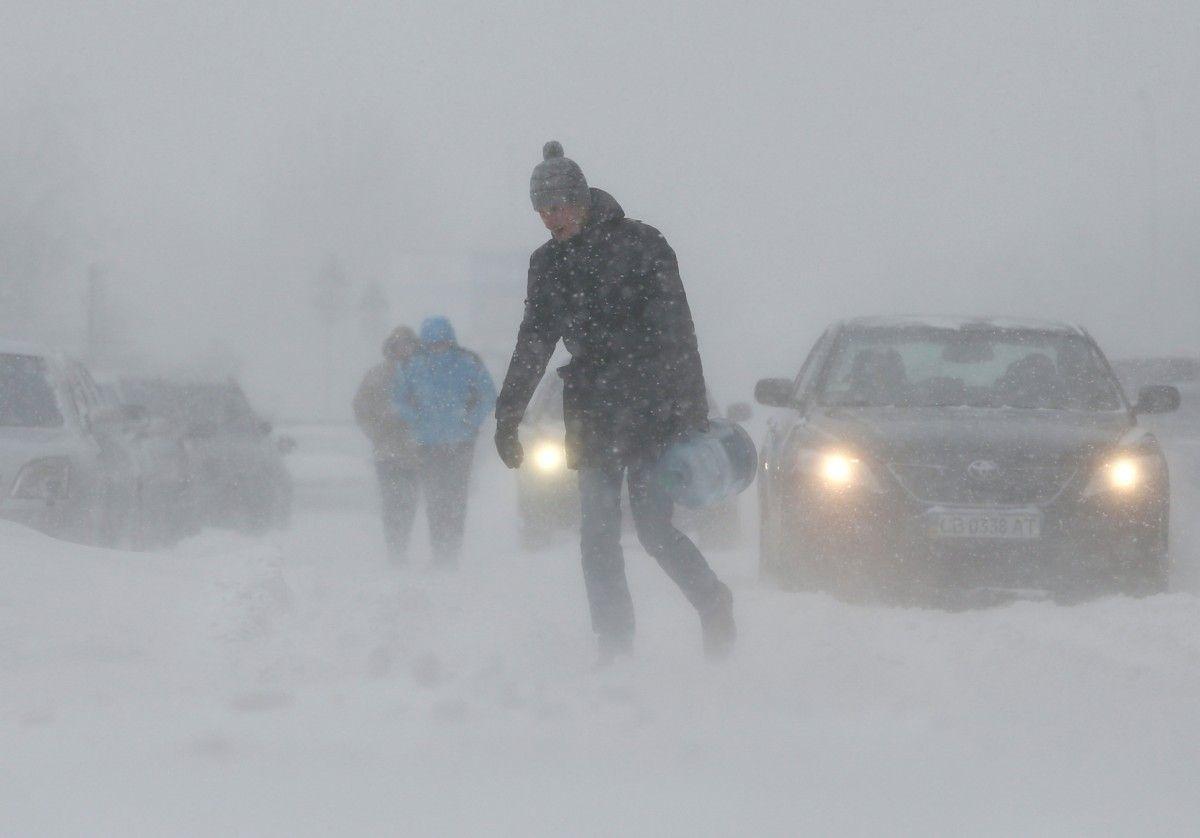 В «Киевавтодоре» поведали, как чистят дороги иулицы— Снегопад встолице