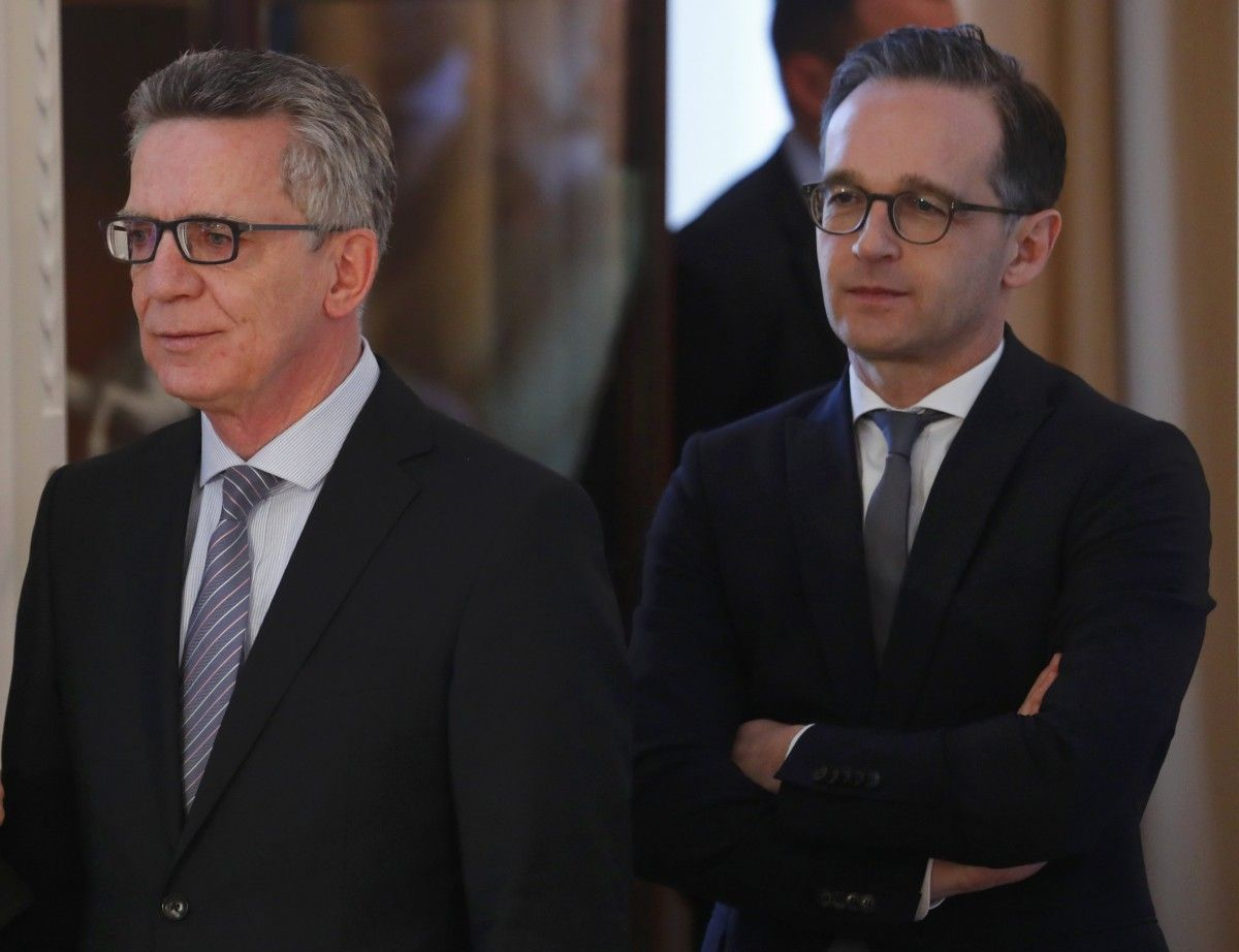 Томас де Мезьер и Гайко Маас / REUTERS