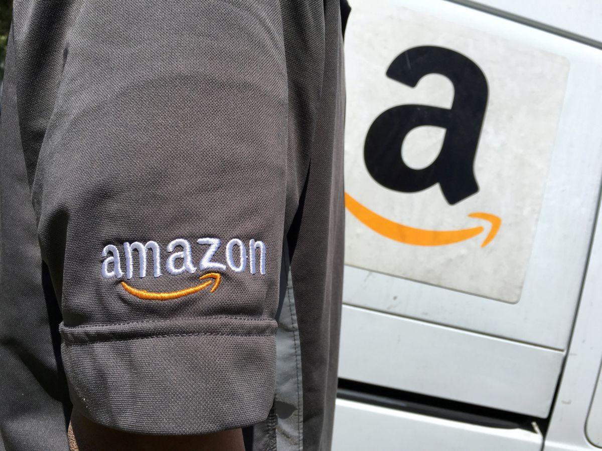 Amazon пообещал сделать вСША сто тыс. рабочих мест