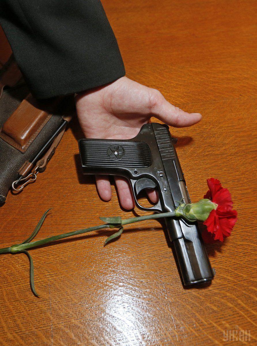 Нагородна зброя у можновладців – це не найстрашніше / УНІАН