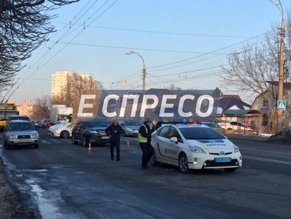 ВКиеве автомобиль сбил 3-х детей: размещены фото ДТП