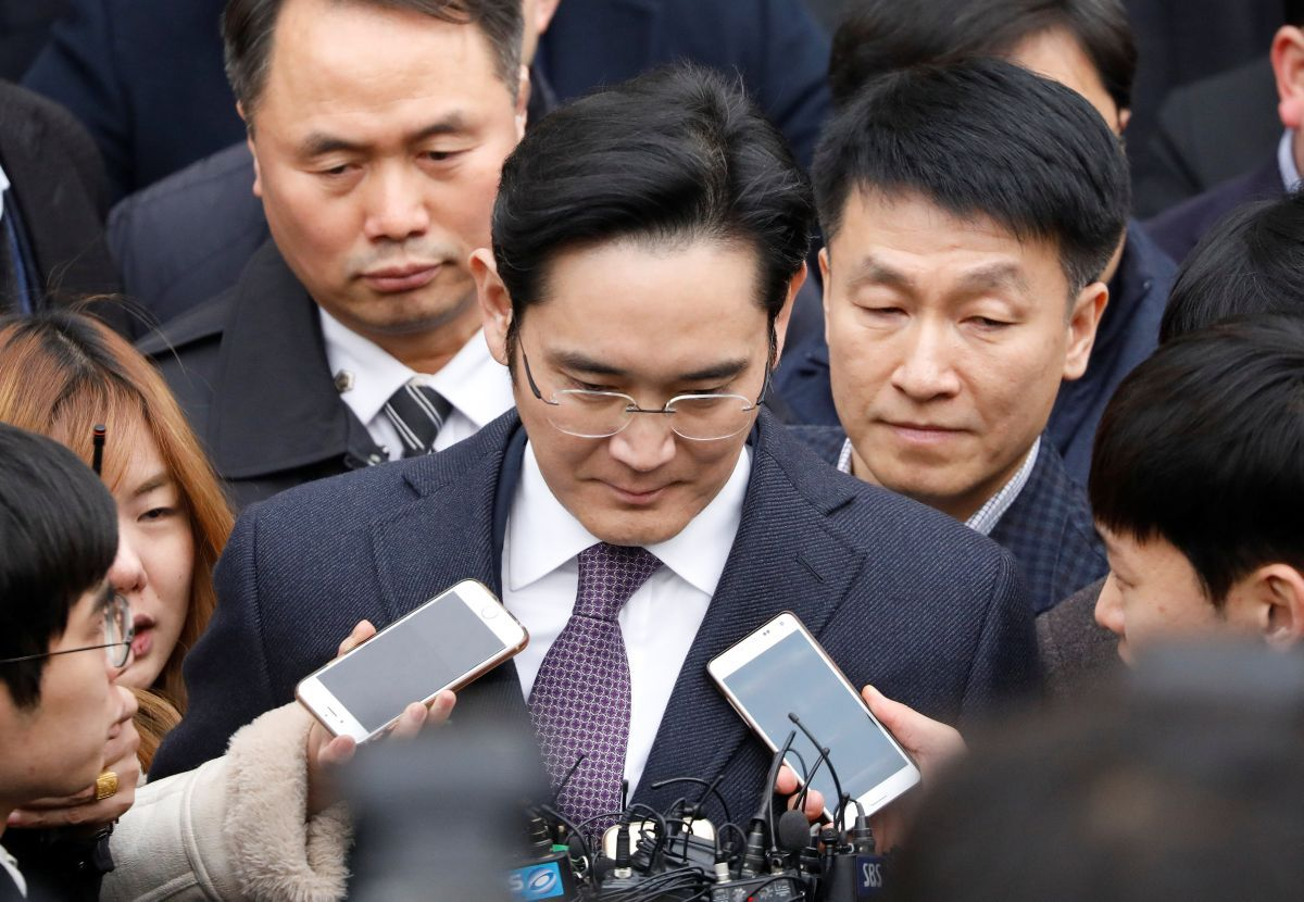 Cуд Южной Кореи отвергнул запрос обаресте де-факто руководителя Самсунг