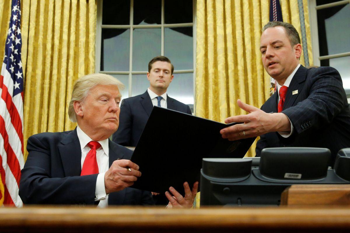 Трамп подписал указ оподготовке котмене Obamacare