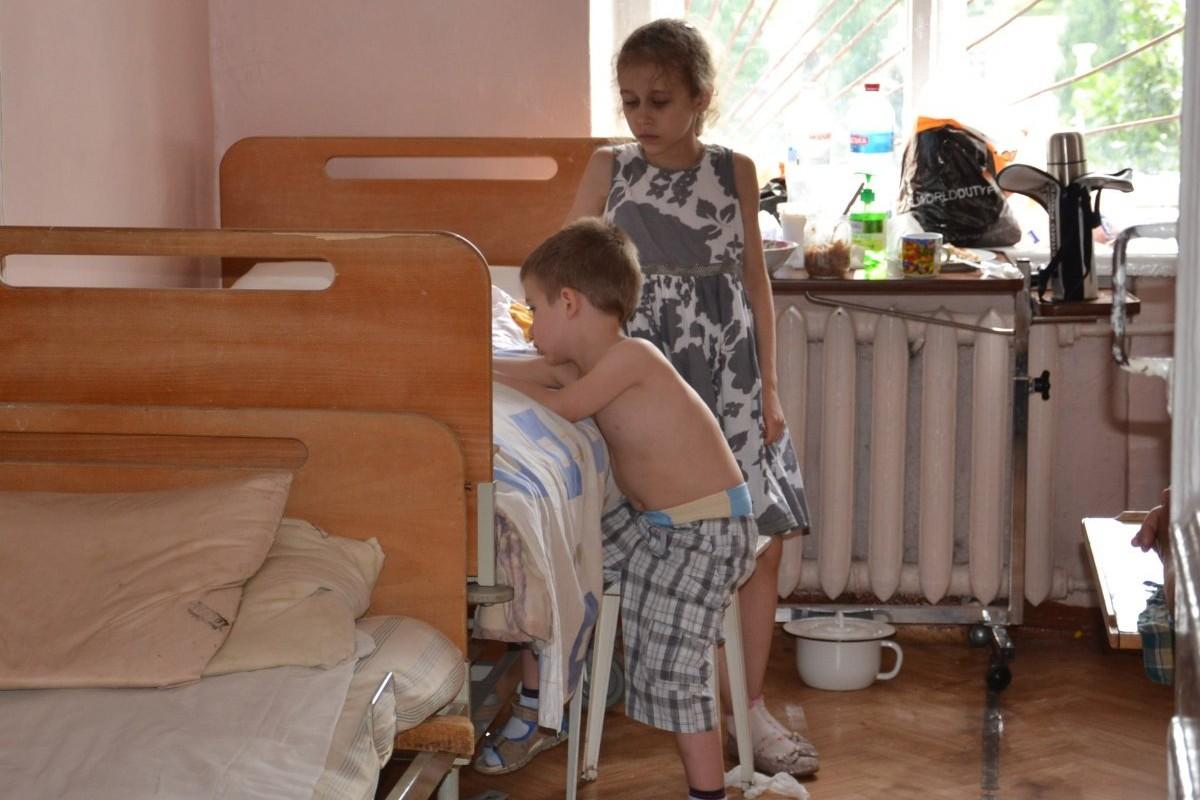 Кишечная инфекция наЗапорожье привела кгоспитализации десятка детей