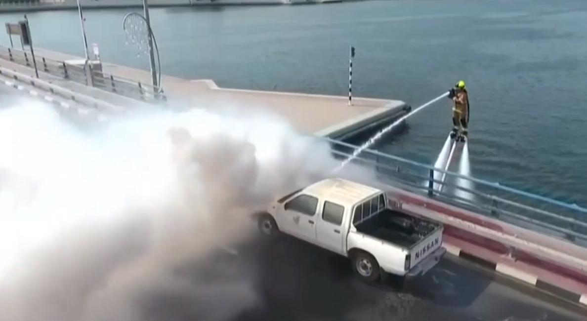 Пожарным Дубая выдадут скоростные ранцы