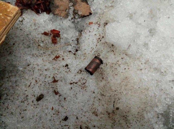 Мужчина, устроивший стрельбу вОдессе, застрелился при попытке задержания