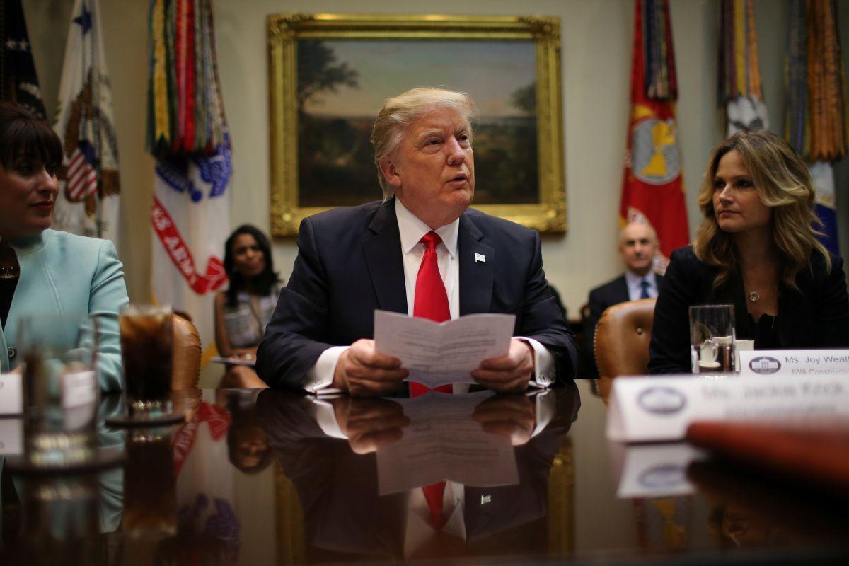 Генеральный прокурор штата Вашингтон подает иск против указа Трампа