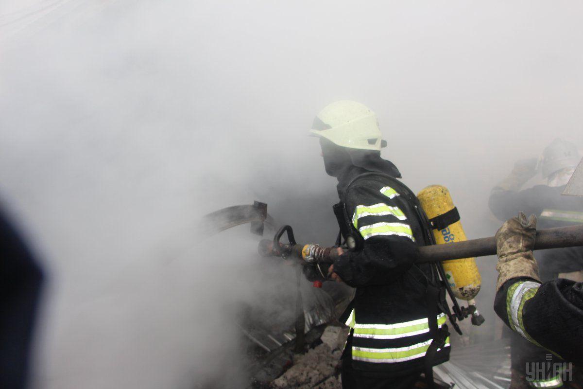 Пожар вавтобусном парке вКиеве поломал 6 автобусов
