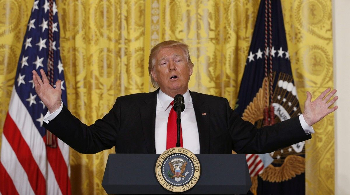 Трамп может мобилизовать 100 тыс.  гвардейцев для борьбы смигрантами