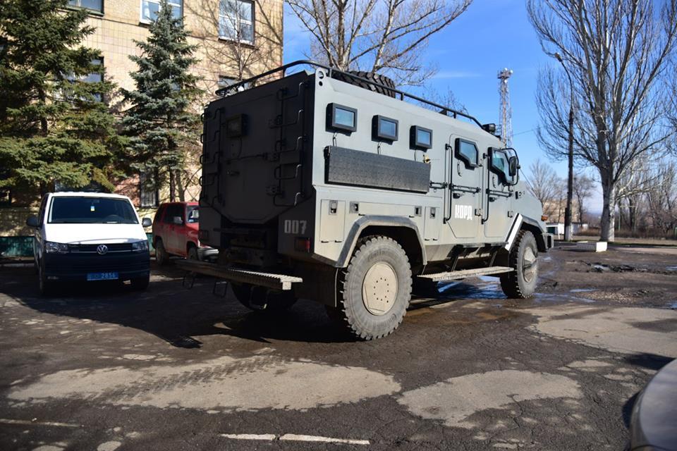 Аброськин: Боевики продолжают обстреливать Авдеевку, вгород отправили спецподразделение милиции