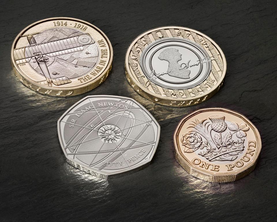 Англия ввела вобращение новейшую монету