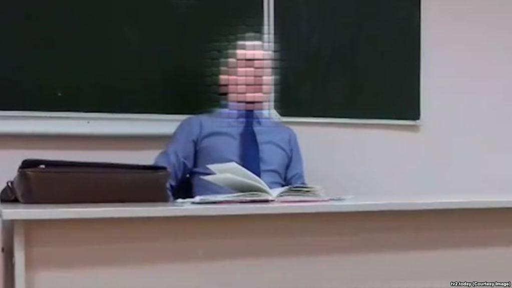 Вроссийском Томске учитель назвал школьников фашистами иобещал закопать их,