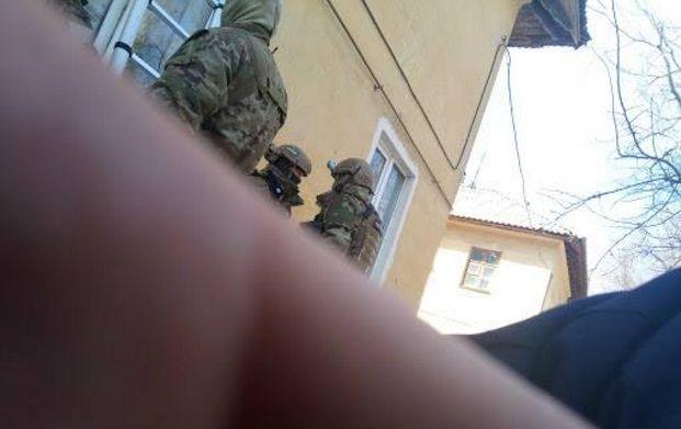 Работники СБУ осмотрели жилище предполагаемого сообщника Паршова