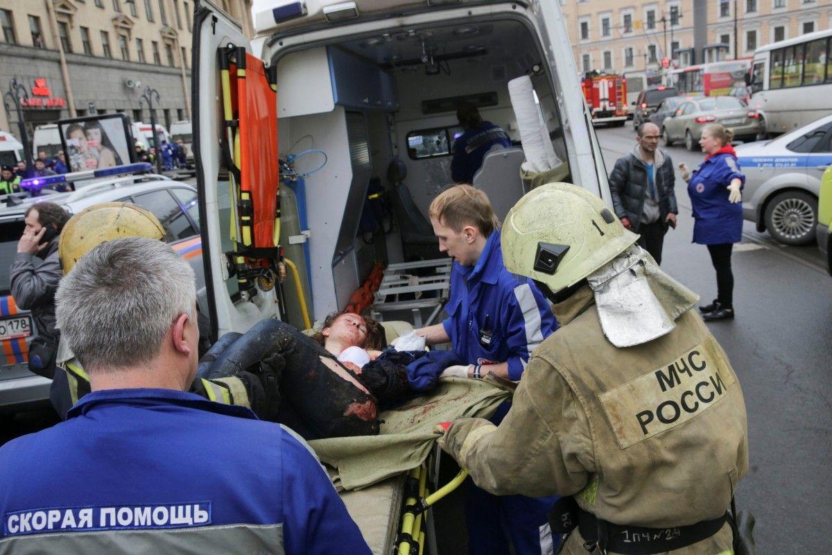 Консульство Украины узнает наличие сограждан среди пострадавших при взрыве впетербургском метро