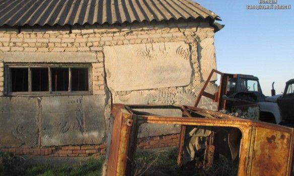 ВЗапорожской области фермер держал вангаре нацепи семью рабов