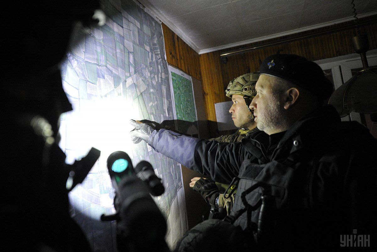 Турчинов назвал ракетный удар поСирии «адекватной реакцией»