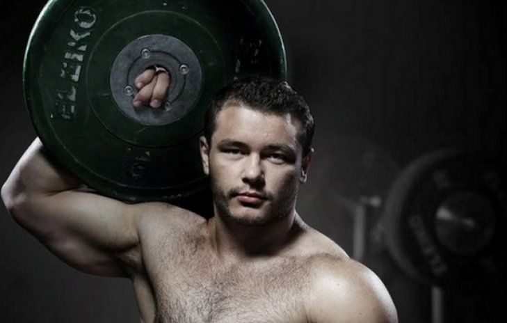 Украинец Чумак завоевал серебро чемпионата Европы потяжелой атлетике