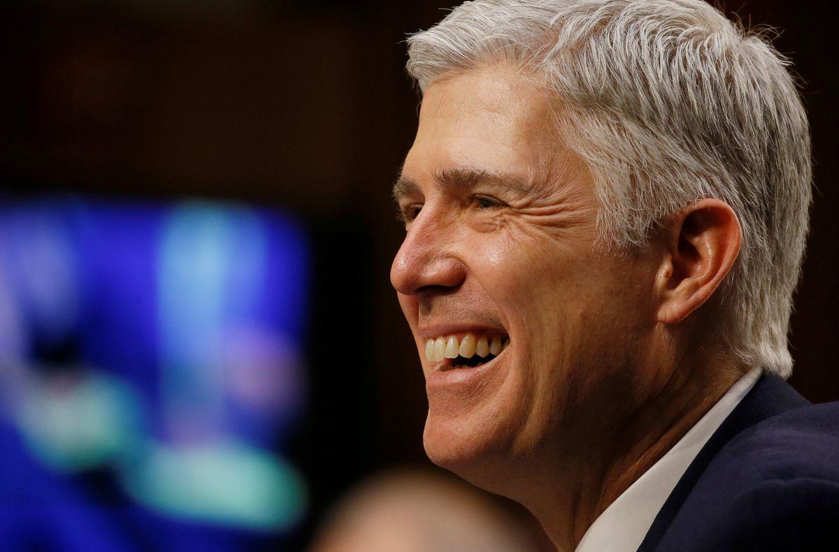 Сенат США утвердил предложенного Трампом нового судью Верховного суда