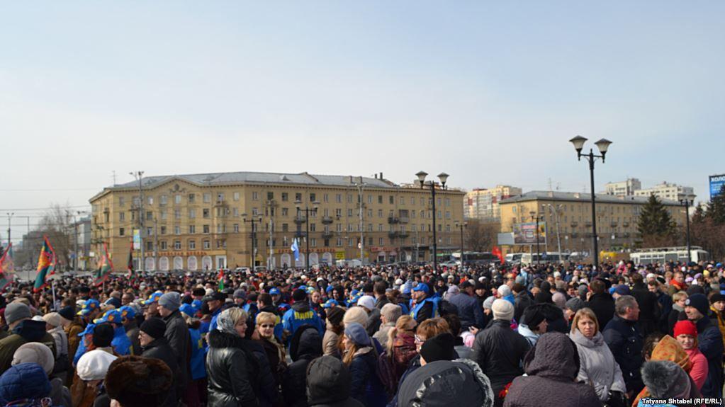 Наофициальных митингах против терроризма вРФ задерживают активистов