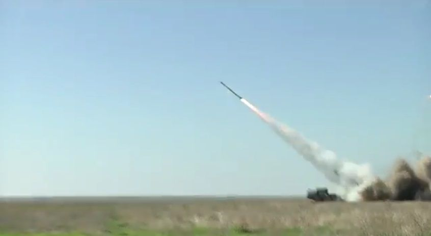 Турчинов продемонстрировал, как выглядят пуски ракет изкомандного пункта