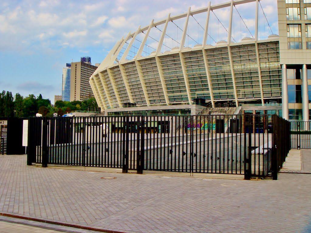 НСК Олимпийский увеличит меры безопасности наматче Динамо
