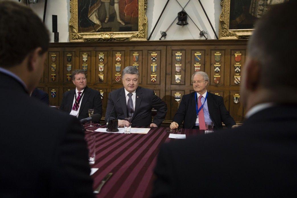 РФ  пренебрегает  мировой порядок— Порошенко