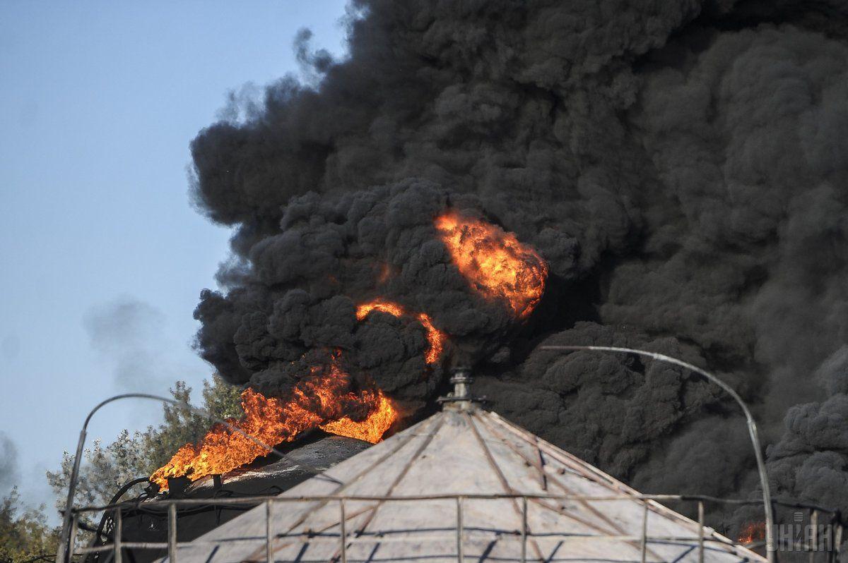 Под Киевом произошел взрыв нанефтебазе, имеется пострадавший