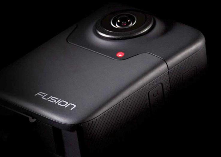 GoPro Fusion для съемки сферического видео соединила 6 камер водной