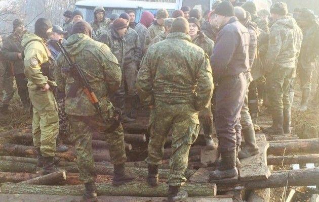 Янтарные войны: наВолыни копатели разрушили мост изаблокировали полицию