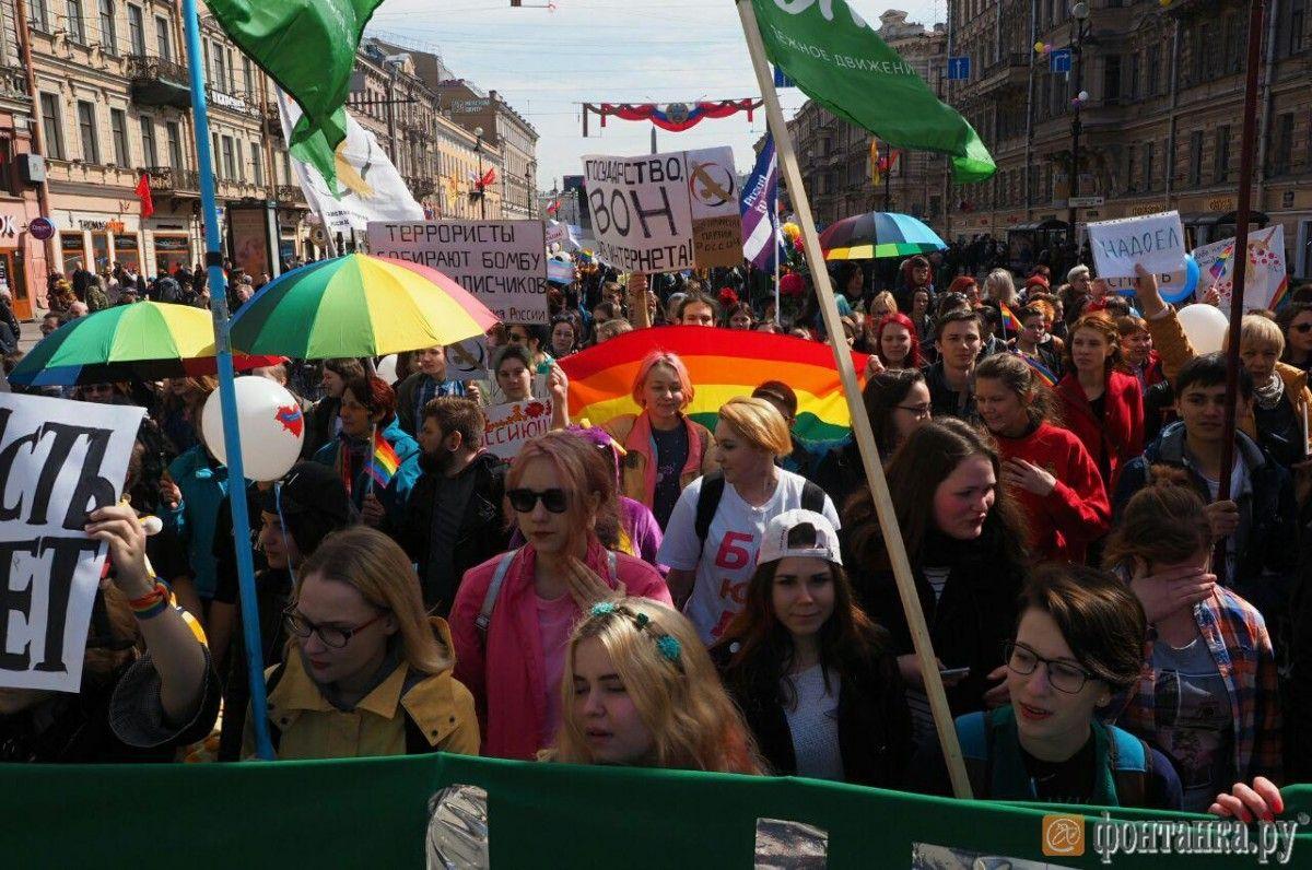 «Православный активист» Милонов попытался остановить оппозиционеров наакции вПетербурге