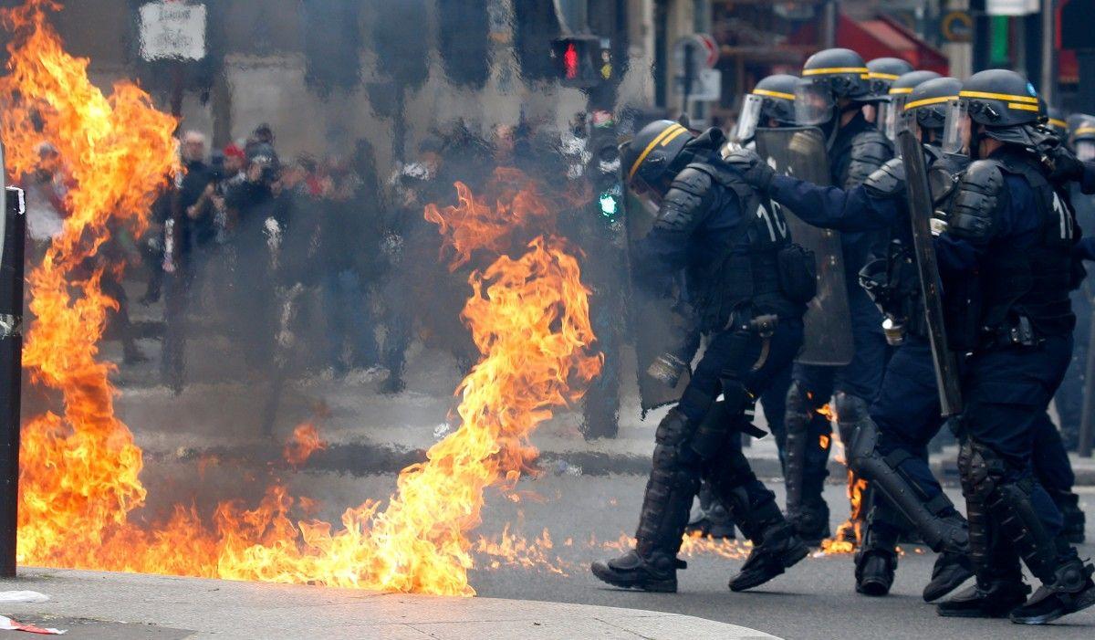 Встолице франции начались столкновения впроцессе первомайской демонстрации