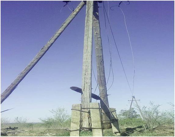 ВЛуганской области вражеские обстрелы повредили линию электропередачи
