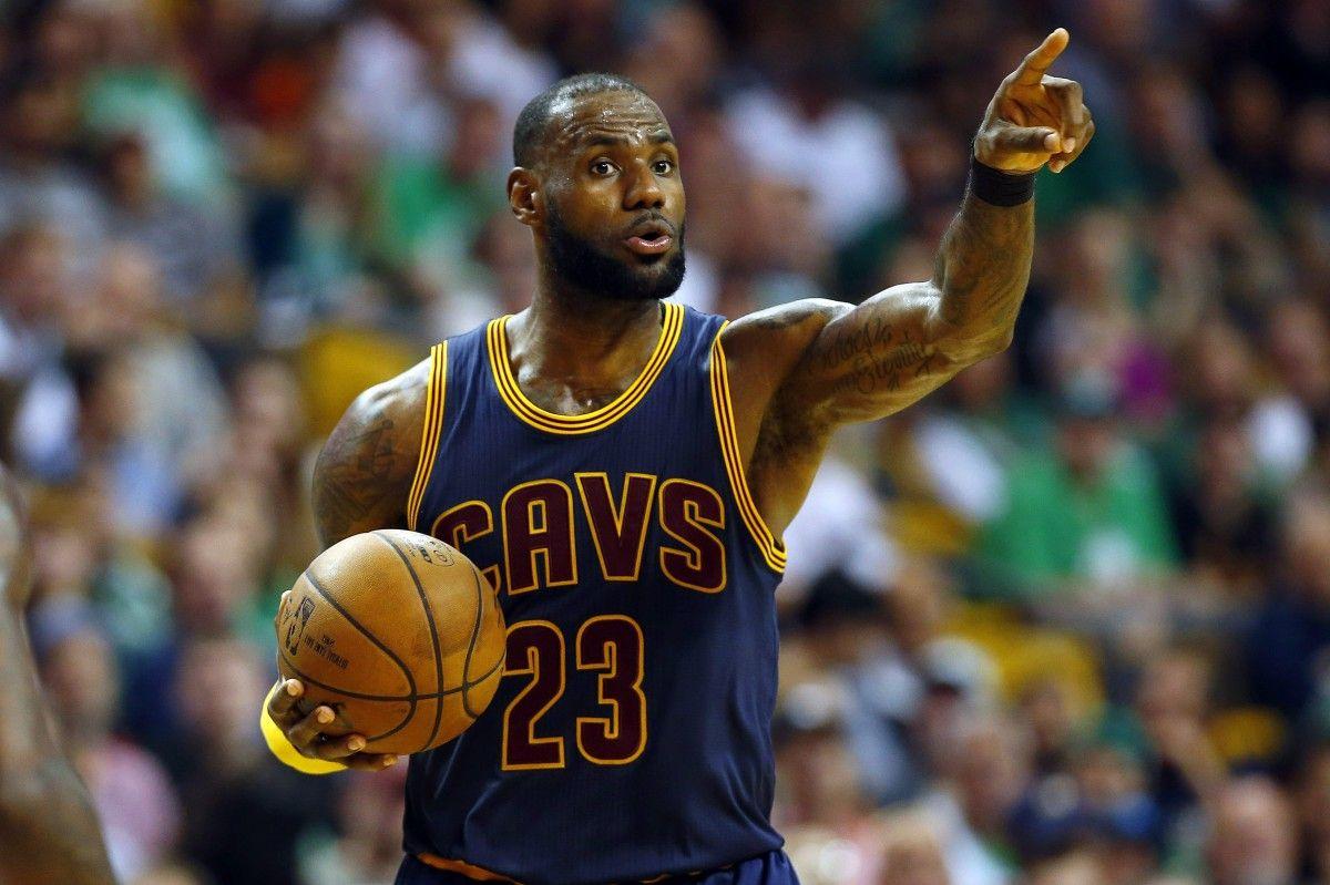 «Кливленд» разгромил «Бостон» иудвоил преимущество всерии полуфинала плей-офф НБА