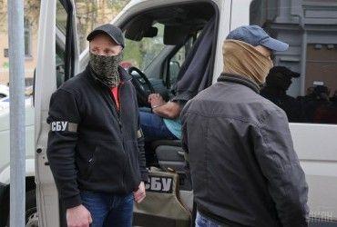 У Сєвєродонецьку – антитерористичні заходи, жителів просять не виходити з будинків