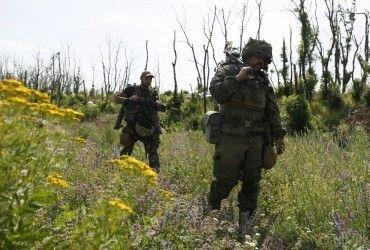 Доба в АТО: бойовики все частіше гатять з важкої зброї, четверо військових постраждали