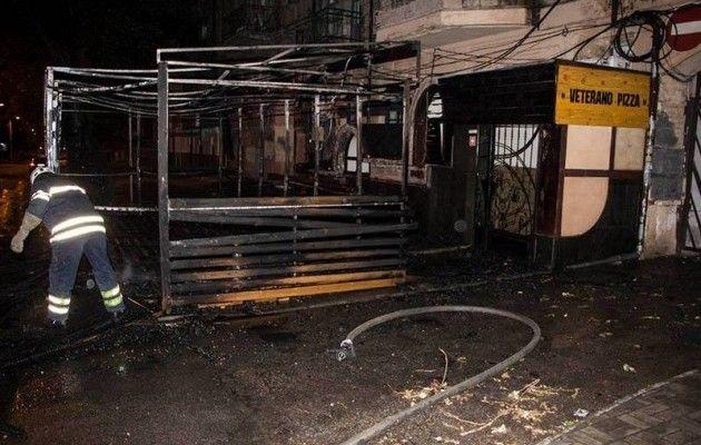 ВДнепре ночью произошел интенсивный пожар  вкафе Pizza Veterano