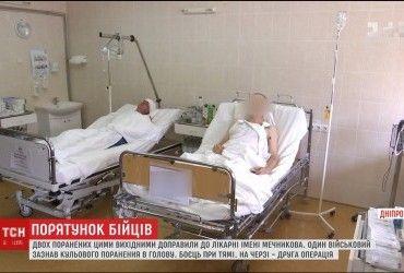 Куля влучила в мозок: до Дніпра доправили двох поранених українських військових (відео)