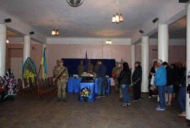 У Житомирі попрощалися з учасником АТО Шмиріним (фото)